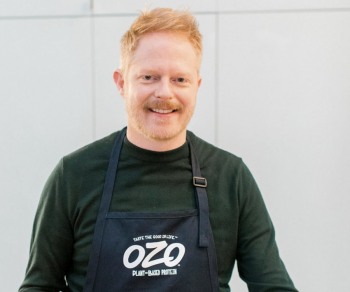 Access Hollywood: Jesse Tyler Ferguson Says His 'Modern Family' Co-Stars Give Him 'Completely Conflicting' Parenting Advice